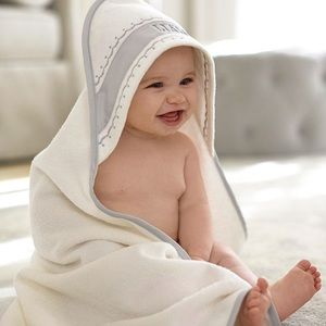 NWT Pottery Barn Monique Lhuillier Hood Towel Set